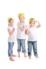 Η τρυφερή φωτογράφηση τριών κοριτσιών που κέρδισαν τον καρκίνο, έγινε viral