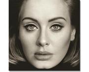 Η Adele σε πορτρέτο της