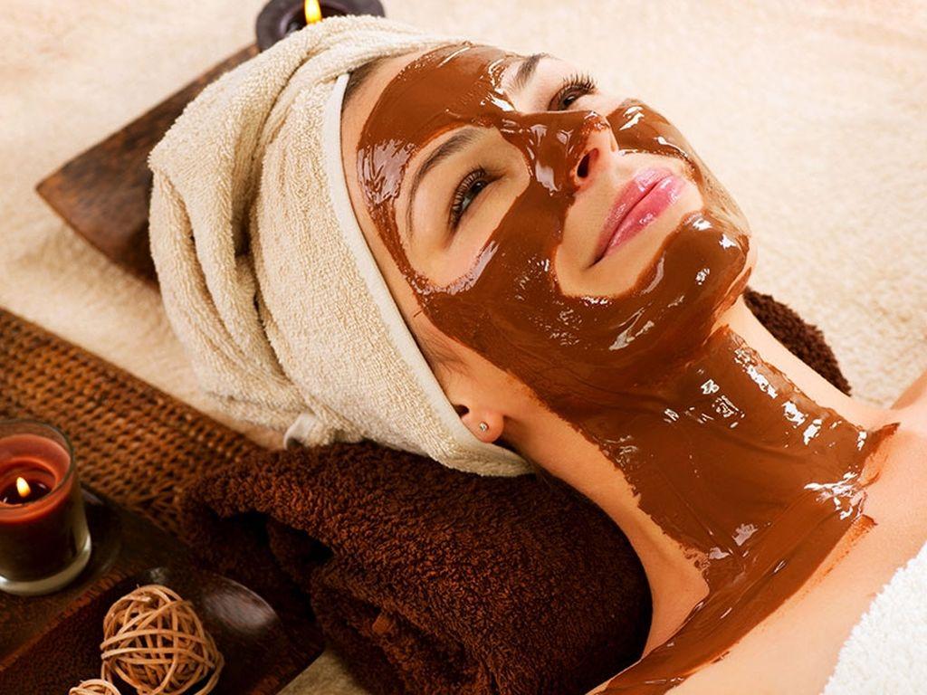 Απίθανη σπιτική μάσκα σοκολάτας για λιπαρές επιδερμίδες