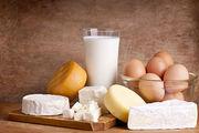 Τα γαλακτοκομικά όπως το τυρί, το τυρί cottage και το γιαούρτι είναι πλούσιες πηγές βιταμινών Α,Β,D και Ε. Είναι πλούσιες επίσης σε πρωτεΐνες και ασβέστιο.