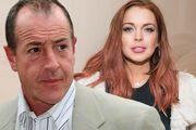 Lindsay Lohan Ο πατέρας της είχε μιλήσει δημοσίως για το πρόβλημά της με τα ναρκωτικά, αλλά και τα οικογενειακά προβλήματα που αντιμετώπιζαν. Και αυτό η νεαρή ηθοποιός δεν του το συγχώρησε ποτέ