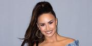Demi Lovato Το 2012 είχε παραδεχτεί ότι δεν είχε καμία επαφή με τον πατέρα της για χρόνια. Ο Patrick Lovato έφυγε έναν χρόνο αργότερα, από καρκίνο ενώ η αγαπημένη τραγουδίστρια αφιέρωσε σε εκείνον το τραγούδι της, «Father»