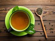 Πράσινο τσάι: Έρευνες έχουν δείξει, ότι το εκχύλισμα πράσινου τσαγιού ενισχύει το μεταβολισμό και μπορεί να βοηθήσει στην απώλεια βάρους
