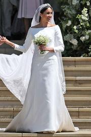 Η απλότητα, όπως το νυφικό της Meghan Markle, αλλά και η ίδια ως νύφη, μπορεί να λάμψει περισσότερο από την πολυτέλεια