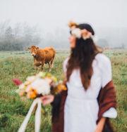 Φωτογραφήθηκε με το νυφικό που φόρεσε η μητέρα της πριν από 40 χρόνια και ιδού το αποτέλεσμα (pics)