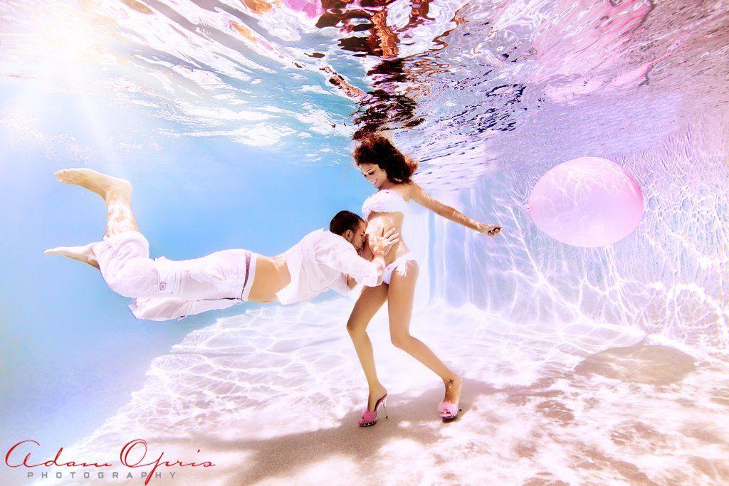 Η ομορφιά της εγκυμοσύνης, μέσα από υπέροχες φωτογραφίες κάτω από το νερό