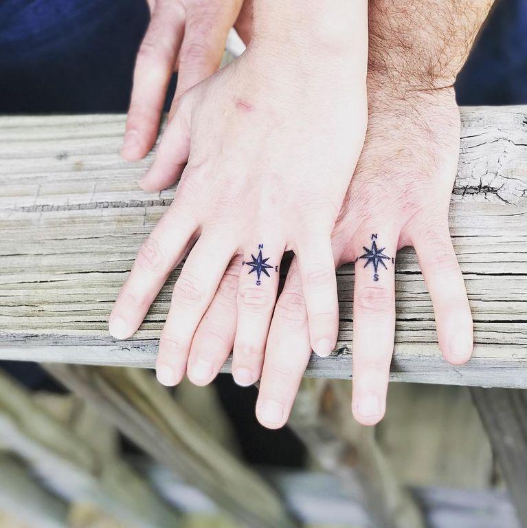Ζευγάρια που έκαναν την ανατροπή και χάραξαν τατουάζ, αντί για βέρα (pics)