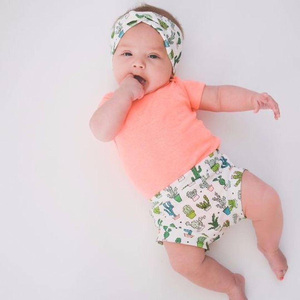 Είκοσι υπέροχες φωτογραφίες μωρών σε χαριτωμένες πόζες (pics)