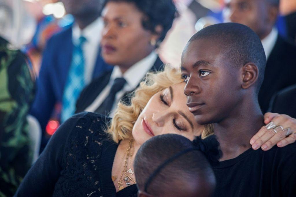 """Madonna: """"Kάθε γυναίκα που είναι μαμά με γιο ποδοσφαιριστή, δεν έχει ζωή"""""""