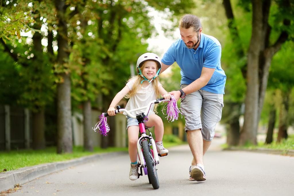 Πότε και πώς να μάθω στο παιδί μου ποδήλατο;