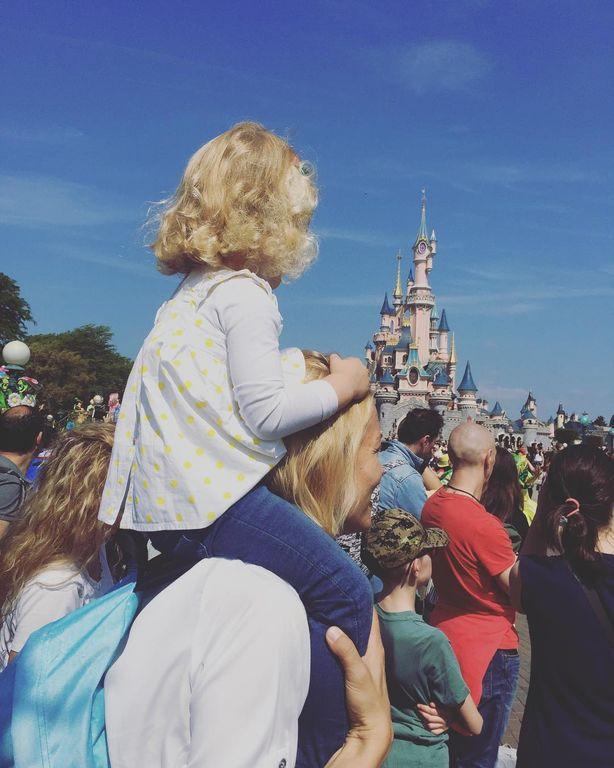 Βίκυ Καγιά: Οι πιο τρυφερές στιγμές με τα παιδιά της στο Instagram
