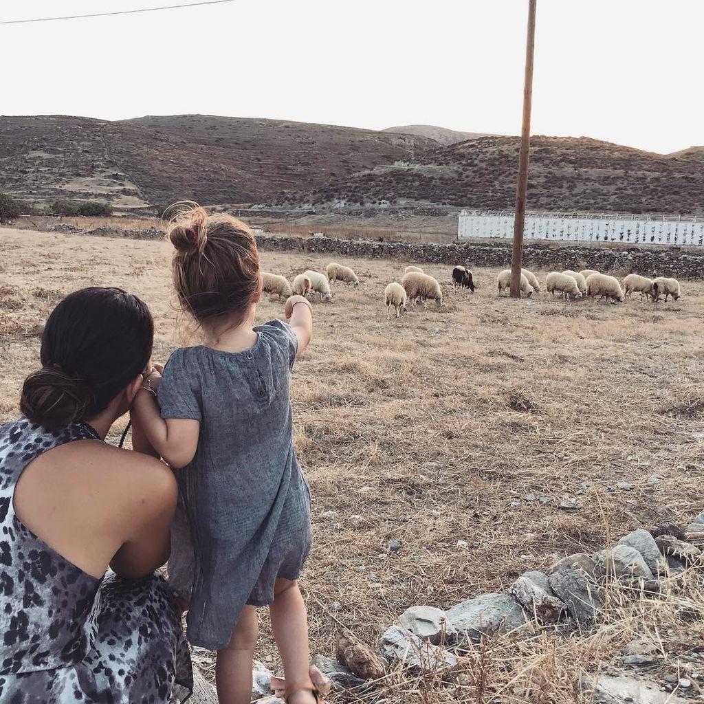 Ελιάνα Χρυσικοπούλου: Το φωτογραφικό άλμπουμ των καλοκαιρινών της διακοπών στην Κύθνο (pics)