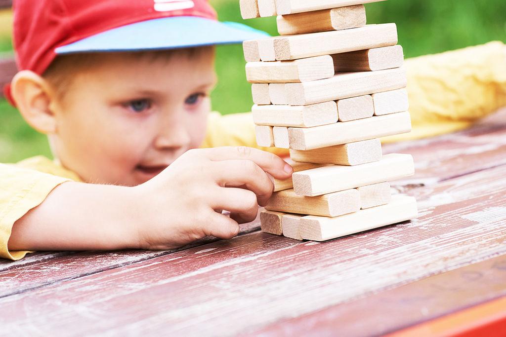 Χρησιμοποιείστε το «παιχνίδι» για να ενισχύσετε τις ικανότητες συγκέντρωσης  του παιδιού σας - Mothersblog.gr