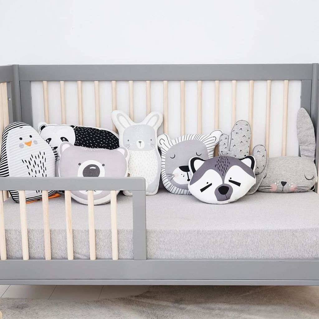 Διακοσμήστε το παιδικό δωμάτιο με μαξιλάρια (pics)