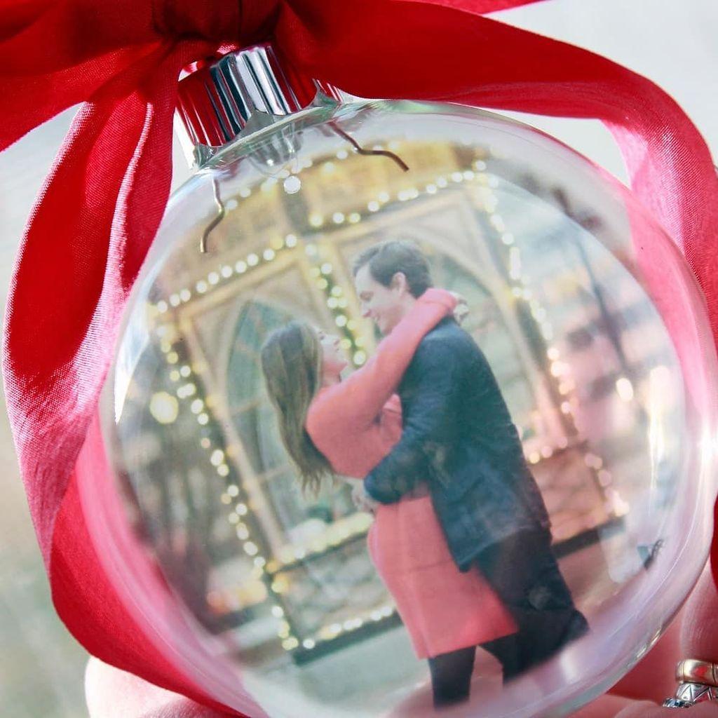 Φτιάξτε την πιο εντυπωσιακή Χριστουγεννιάτικη μπάλα με τη φωτογραφία του  παιδιού σας (pics+vid) - Mothersblog.gr