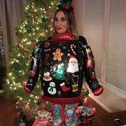 Θα γελάσετε πολύ! Αυτά είναι τα πιο κακόγουστα χριστουγεννιάτικα πουλόβερ που έχετε δει (pics+vid)