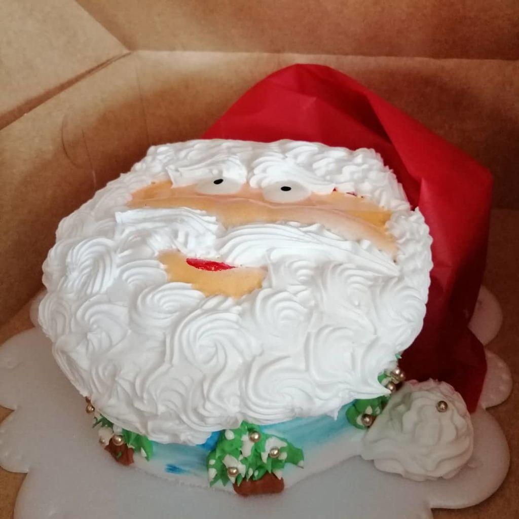 Εντυπωσιακές ιδέες διακόσμησης για τούρτες με θέμα τον Αη Βασίλη (pics)