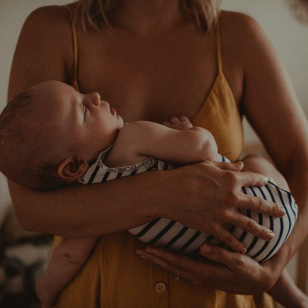 Τρυφερές φωτογραφίες μητρότητας που θα σας συγκινήσουν (pics)