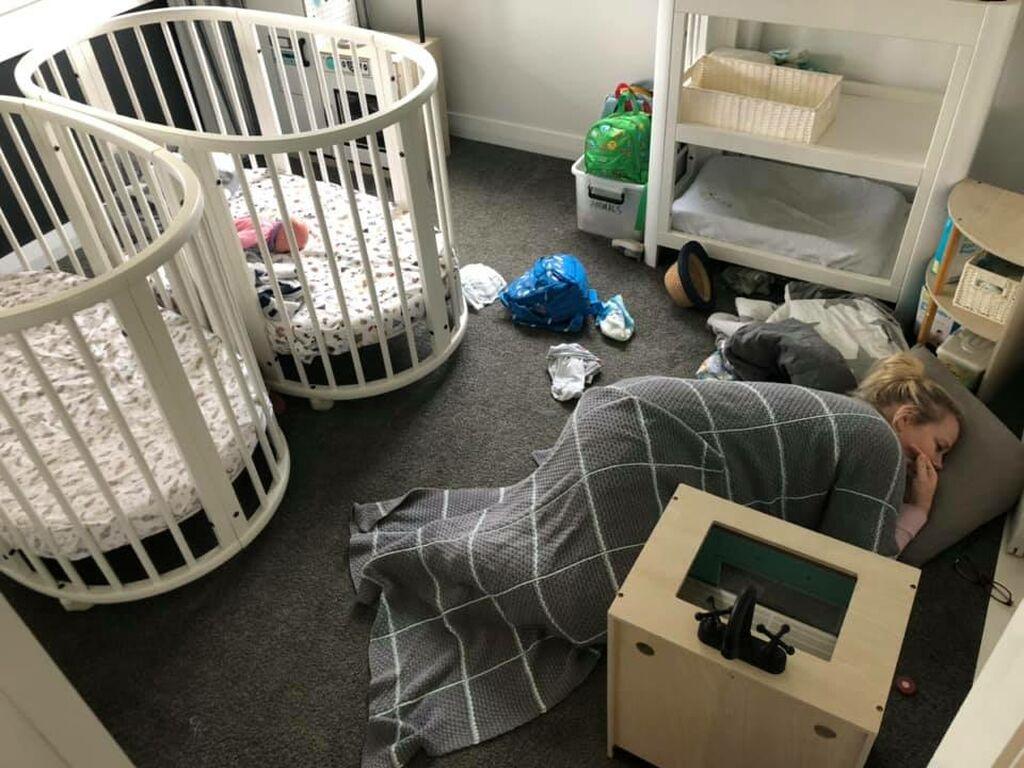 Πήγε να καθαρίσει το δωμάτιο των παιδιών της - Δείτε τι της συνέβη (pic)