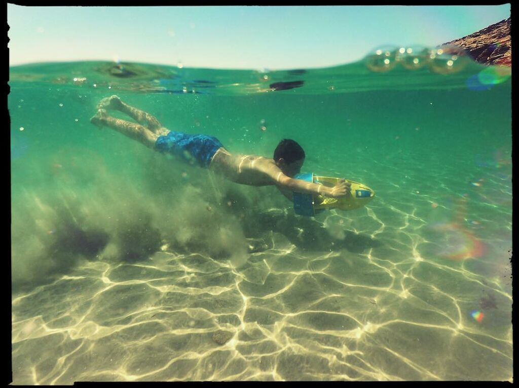 Κωνσταντίνος Μαρκουλάκης: Αυτός είναι ο κούκλος 14χρονος γιος του (pics)