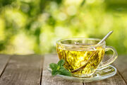 Τσάι μέντας. Η μέντα λειτουργεί καταπραϋντικά για το στομάχι. Δοκιμάστε τσάι μένα παγωμένο ή και ζεστό.