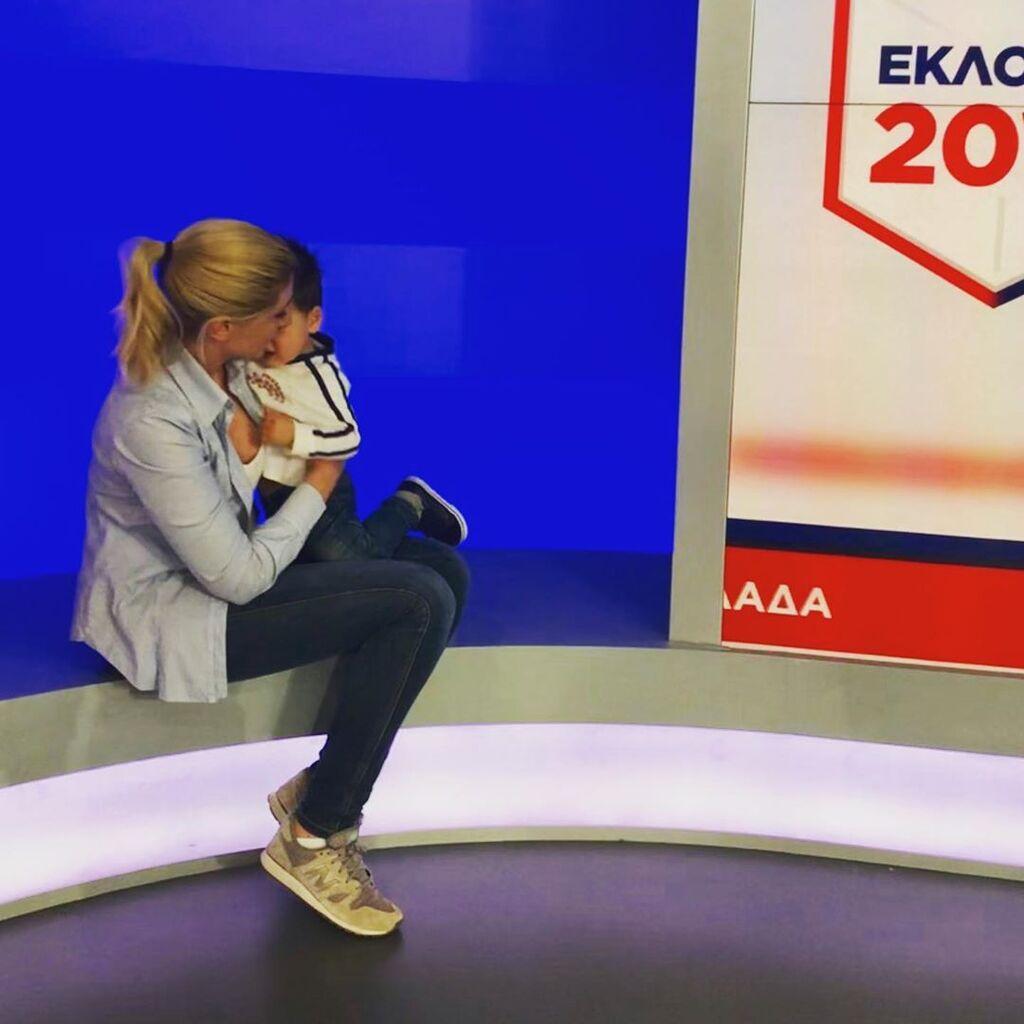 Περιμένει πώς και πώς να τελειώσουν οι εκλογές ώστε να φύγει για διακοπές με την οικογένειά της.