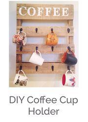 Ένα παλιό καφάσι μπορεί να μετατραπεί στο πιο ενδιαφέρον διακοσμητικό για να φυλάτε τις κούπες σας.
