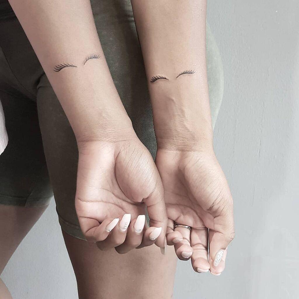 Είκοσι πέντε μικρά τατουάζ για αδελφές που είναι και οι καλύτερες φίλες (pics)
