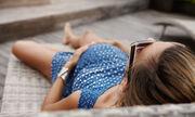 5. Η ενυδάτωση γίνεται πιο διασκεδαστική. Εκτός από το άφθονο νερο, το καλοκαίρι μπορείτε να πίνετε και  λαχταριστούς φυσικούς χυμούς ή κοκτέιλς χωρίς αλκόολ.