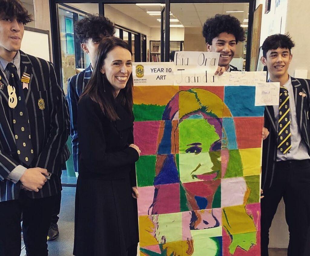 Jacinda Ardern: Γνωρίστε καλύτερα την πρωθυπουργό της Ν. Ζηλανδίας που εμπνέει εκατομμύρια γυναίκες