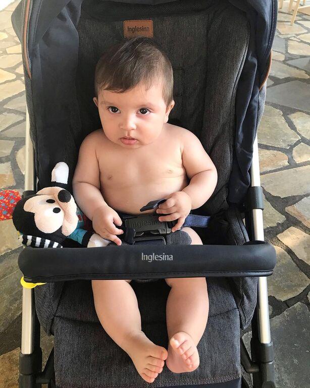 Ο γιος της παρουσιάστριας έγινε 6 μηνών πριν από μερικές ημέρες...
