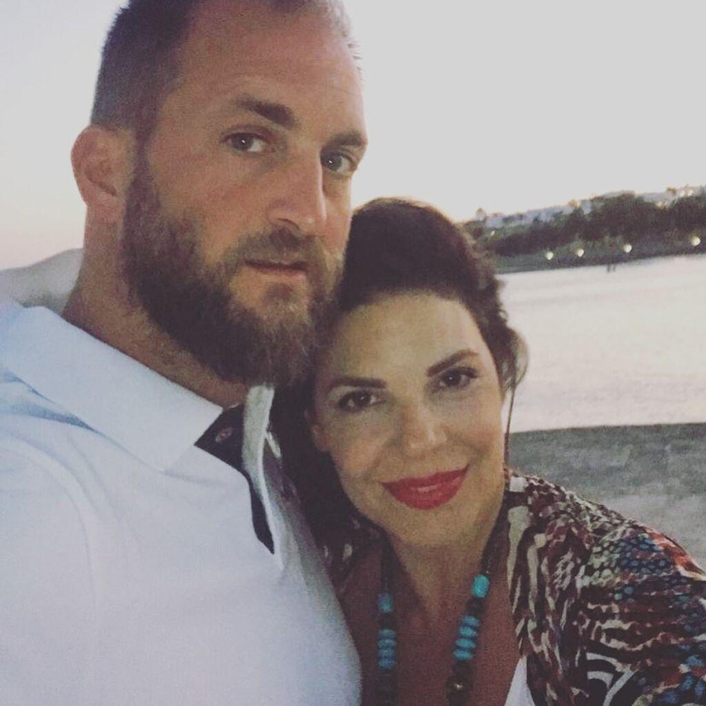 Η Μαρίνα Ασλάνογλου μαζί με τον σύζυγό της