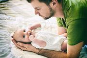 10. Τέλος, είναι πολύ πιθανό το μωρο σας να φτερνίζετε αρκετά συχνά. Μη φοβάστε όμως, δεν έχει κρυολογήσει! Τα νεογέννητα έχουν μικροσκοπικές μυτούλες οι οποίες είναι και πολύ ευαίσθητες.