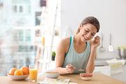 """Η Christine επισημαίνει τη σημασία του υγιεινού και """"γερού"""" πρωινού. Είναι η βάση της διατροφής και δίνει όλη την απαραίτητη ενέργεια για την μισή τουλάχιστον ημέρα."""