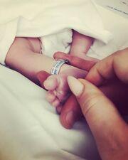Η Στεφανία Γονίδη, κόρη του Σταμάτη Γονίδη έγινε μαμά τον Μάιο του 2019, φέρνοντας στον κόσμο ένα υγιέστατο αγοράκι.