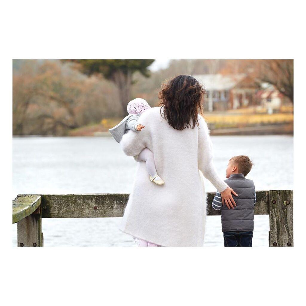 «Θυμάμαι να κλαίω κάθε μέρα, αλλά δεν ξέρω αν έκλαιγα για τον μπαμπά μου ή επειδή ένιωθα άσχημα μέσα μου!», αναφέρει η Megan Gale και συνέχισε.