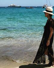 Σίσσυ Φειδά: Δείτε πώς φωτογράφισε την κόρη της στην παραλία (pics)