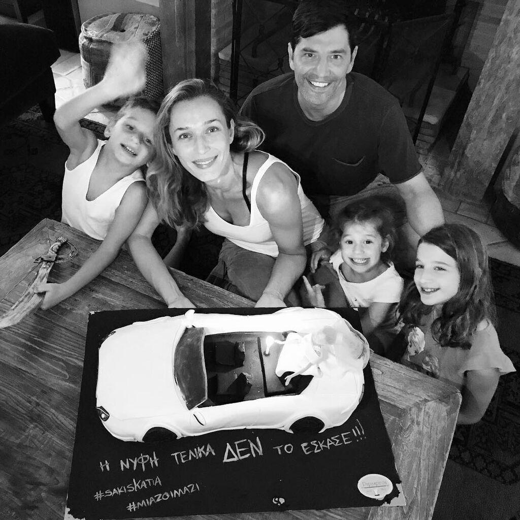 Κάτια Ζυγούλη - Το μοντέλο και ο Σάκης Ρουβάς έχουν 5 υπέροχα παιδιά και αρκετά συχνά ανεβάζουν φωτογραφίες τους.
