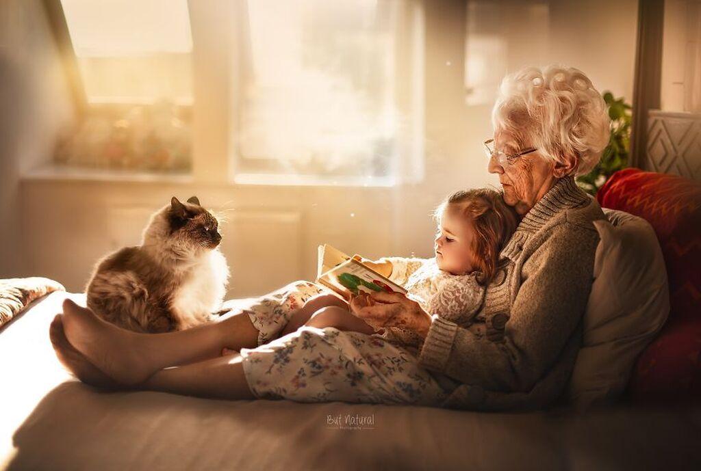 H μοναδική σχέση γιαγιάδων & παπούδων με τα εγγόνια τους μέσα από υπέροχες φωτογραφίες (pics)