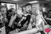 Δέκα φωτογραφίες που αποδεικνύουν τη μαγική στιγμή που ένα μωρό έρχεται στον κόσμο (pics)