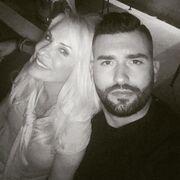 Μάλιστα πολλές φορές η γνωστή παρουσιάστρια έχει αναρτήσει φωτογραφίες στον λογαριασμό της στο Instagram που είναι μαζί του.