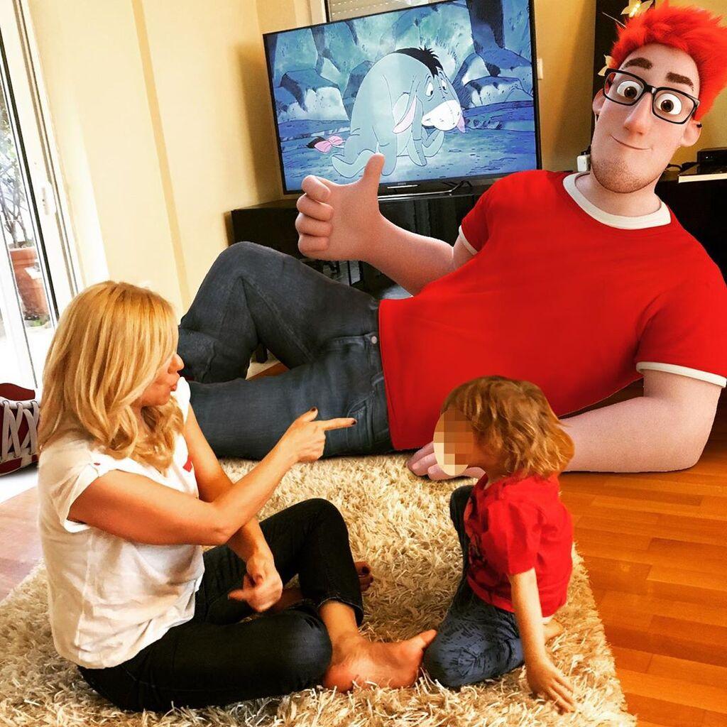 Η Κατερίνα Καραβάτου περνά πολύ από το χρόνο της με τα παιδιά της.