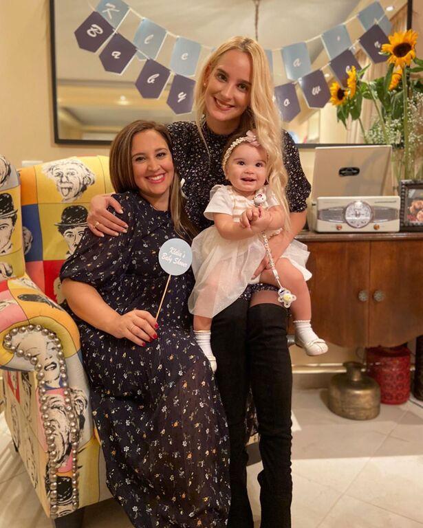 To baby shower της Κλέλιας Πανταζή λίγο πριν τη γέννηση του γιου της (pics)