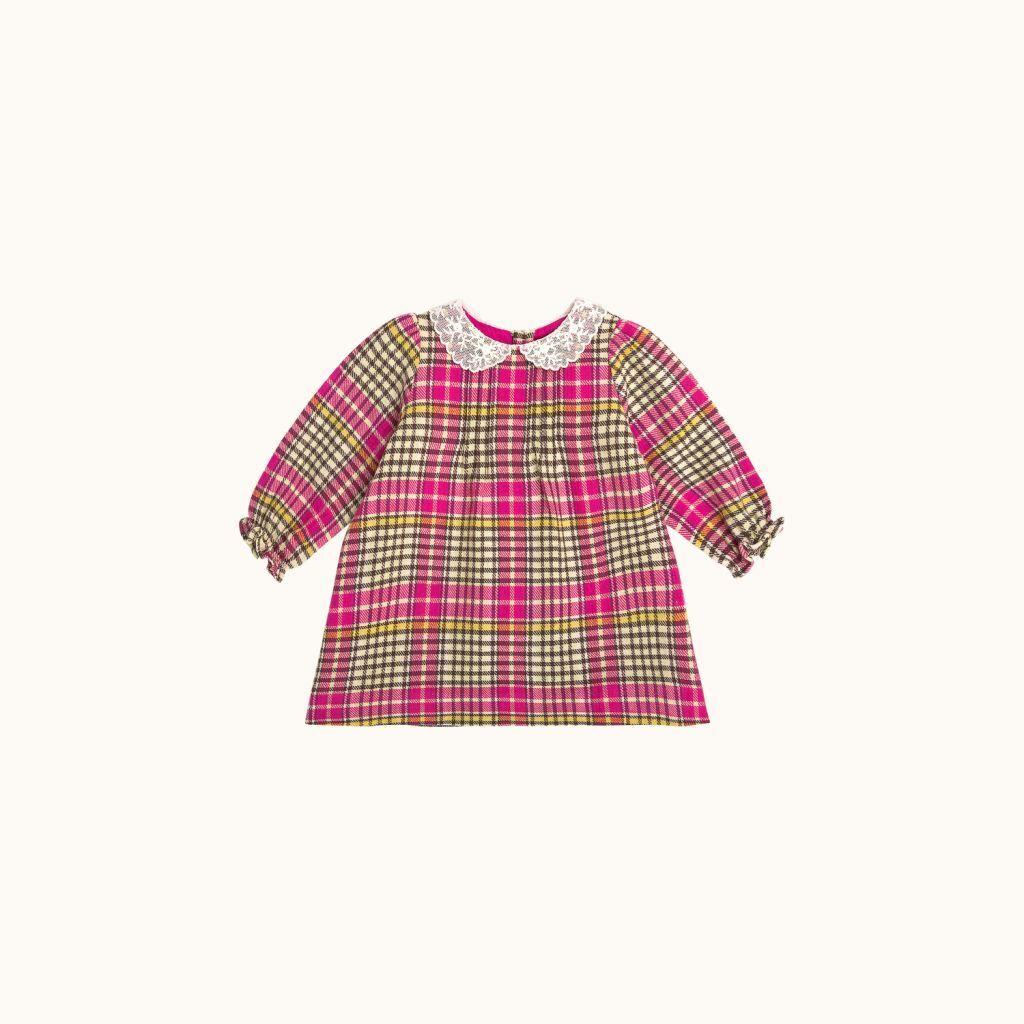Αυτά τα παιδικά ρούχα λατρεύουν οι γαλαζοαίματες μαμάδες (pics)