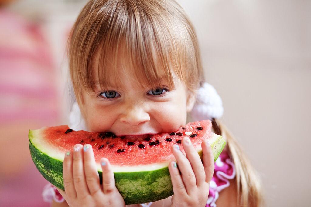 Στα παιδιά αρέσουν τα σνακ. Και αυτά τα σνακ μπορούν να ενισχύσουν την όρεξη των παιδιών σας. Ψημένα φιστίκια, ψητά τραγανά λαχανικά, σπιτικά πατατάκια κ.λ.π.