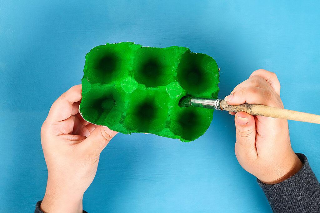 Βάψτε με το πράσινο χρώμα την αβγοθήκη σας