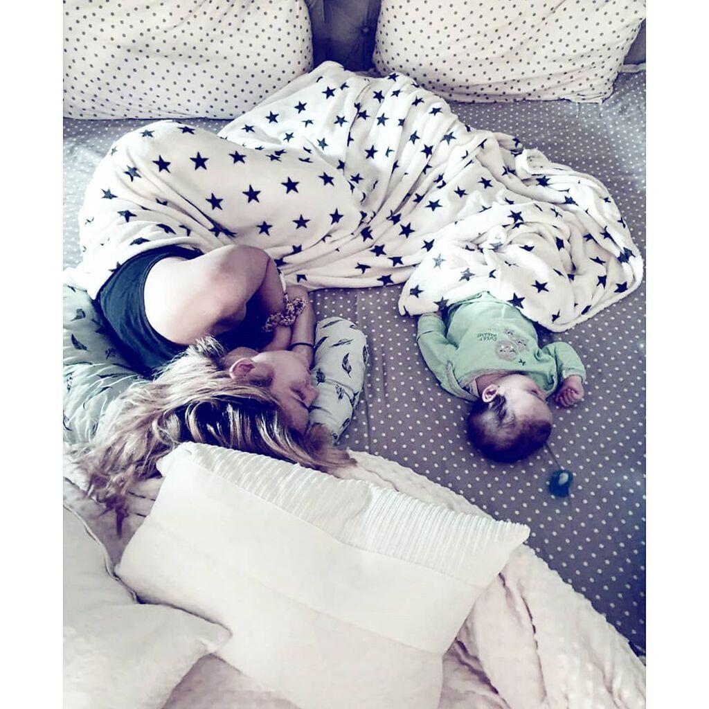 Μαντώ Γαστεράτου: Έστειλε τον άνδρα της να κοιμηθεί στον καναπέ - Ο ξεκαρδιστικός λόγος (pics)