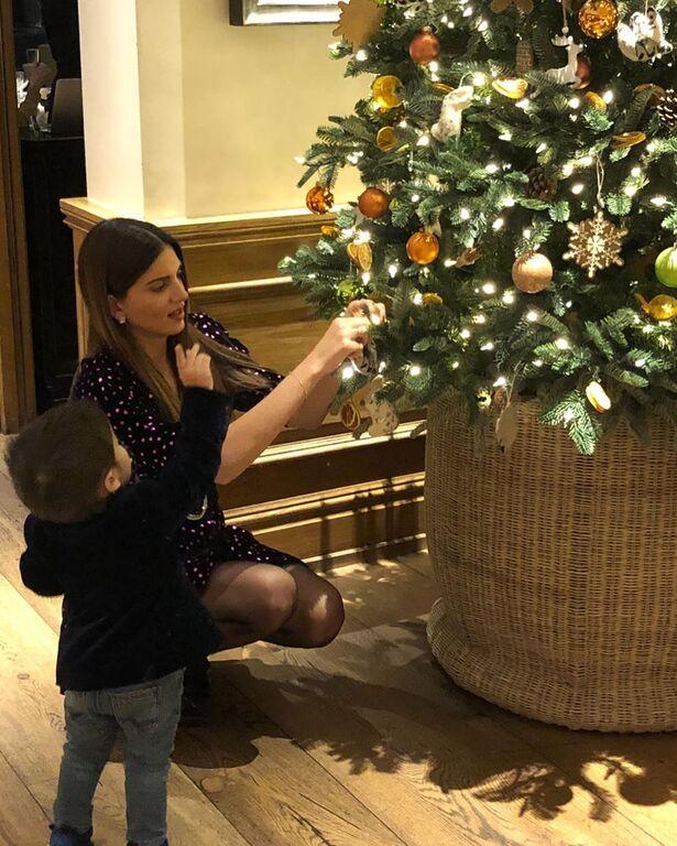 Σταματίνα Τσιμτσιλή: Δείτε πώς ευχήθηκε για τη Γιορτή της Μητέρας (pics)