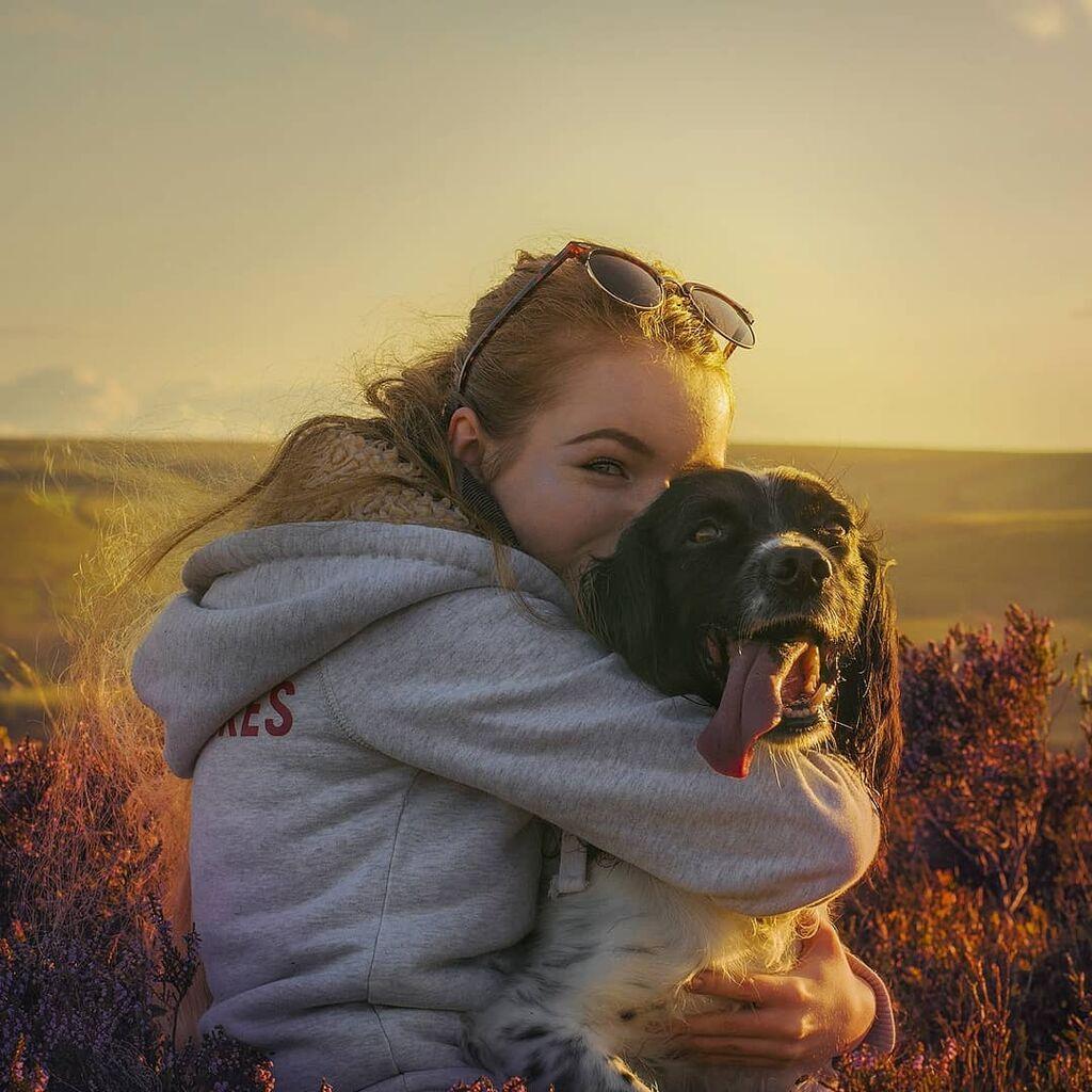 Αυτό το σκυλί φροντίζει ένα 21χρονο κορίτσι με αναπηρία - Είναι οι καλύτεροι φίλοι (pics)