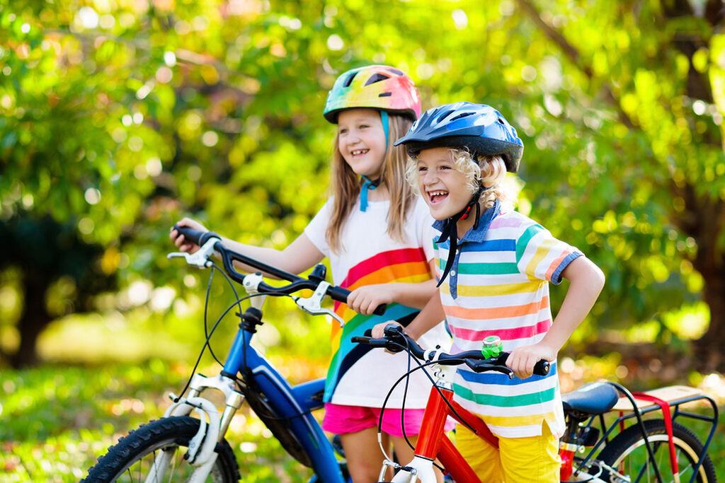 Βεβαιωθείτε ότι το ποδήλατο και το κράνος είναι στα μέτρα τους. Μην αγοράσετε ένα ποδήλατο που είναι τεράστιο για το παιδί σας, ούτε πολύ μικρό.